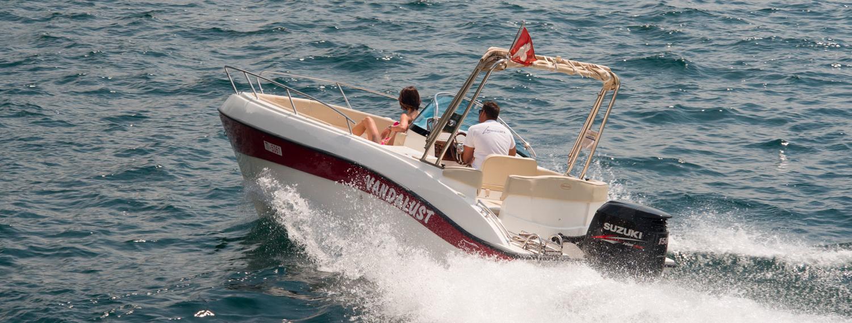 Noleggio barche con o senza patente nautica